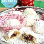 Nutella Hazelnut Stuffed Snowballs - Life made Sweeter