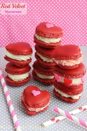 Red Velvet Valentine Macarons - Life made Sweeter