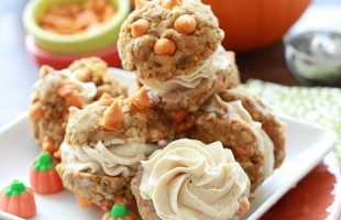 Pumpkin Chip Oatmeal Sandwich Cookies {gf} from Life Made Sweeter #OXOGoodCookies