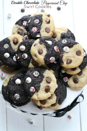 Double Chocolate Peppermint Chip Swirl Cookies #fbcookieswap from @LifeMadeSweeter