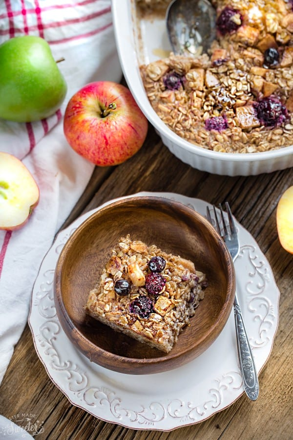 Cinnamon Apple Maple Baked Oatmeal makes the perfect easy make-ahead breakfast or healthy brunch. Best of all, this recipe takes just minutes to assemble for a comforting fall dish.