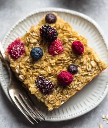 Berry Baked Oatmeal + Recipe VIDEO