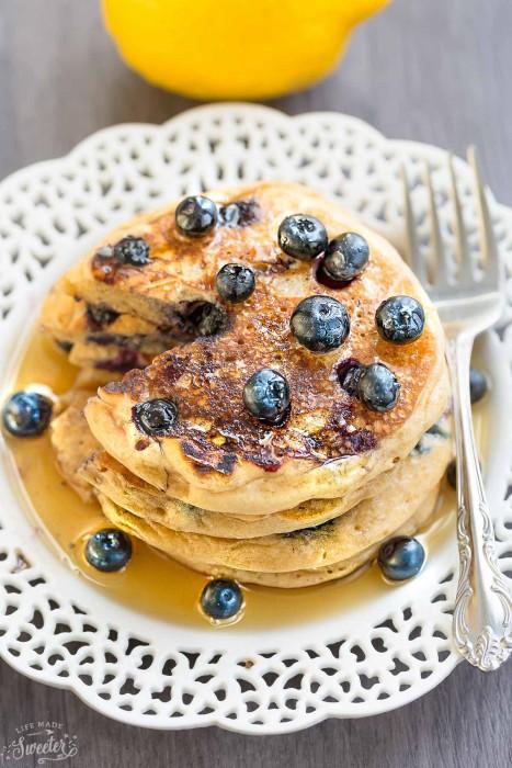 Blueberry Lemon Pancakes {Fluffy + Greek Yogurt}