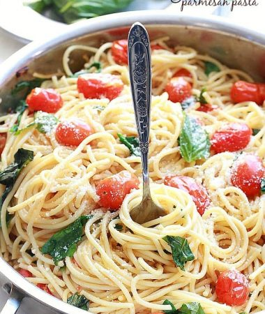 Cherry Tomato, Basil, Spinach and Parmesan Pasta - An easy meatless weeknight meal that comes together in as little as 20 minutes with fresh basil, cherry tomatoes, baby spinach, parmesan and pasta. by @LifeMadeSweeter
