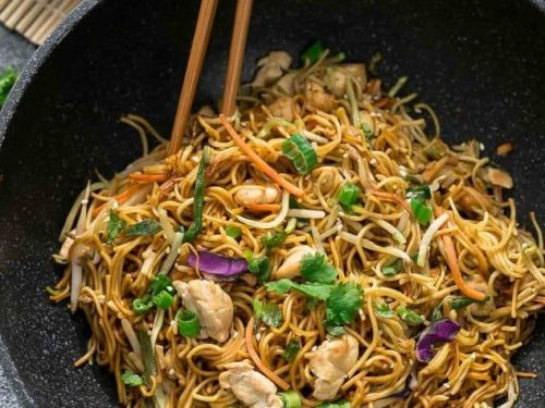 chicken chow mein noodles the best easy one pot pan authentic