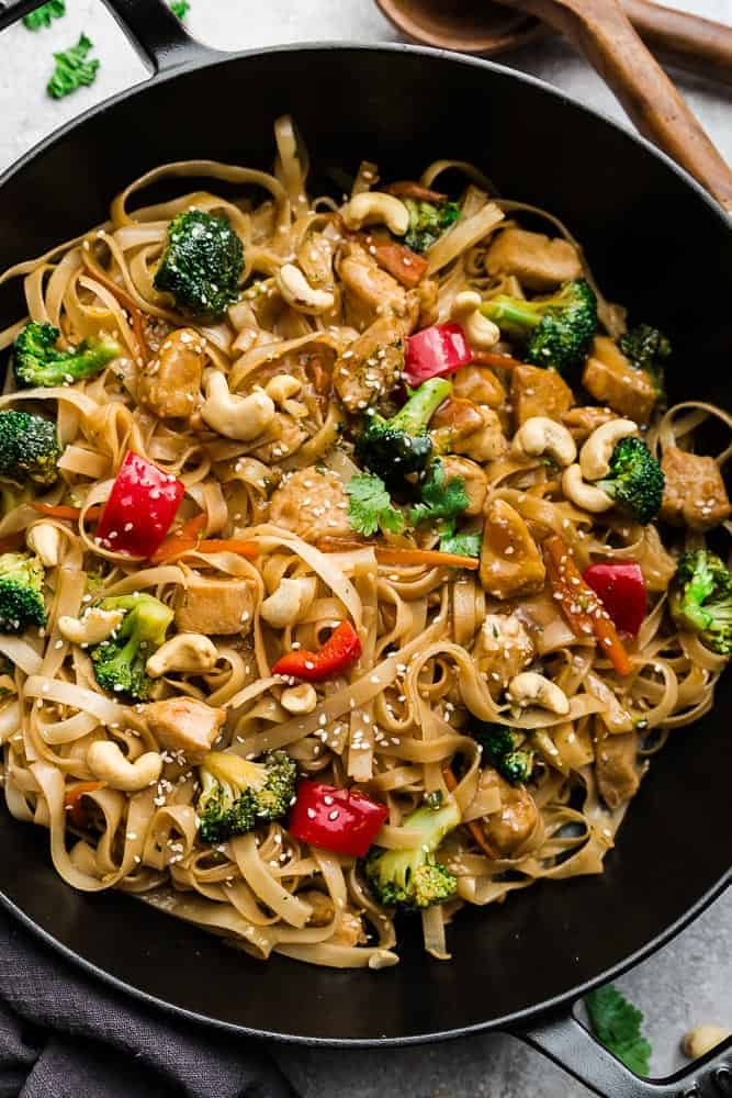 Chicken Stir Fry Noodles Easy 30min Chicken Breast Dinner Idea