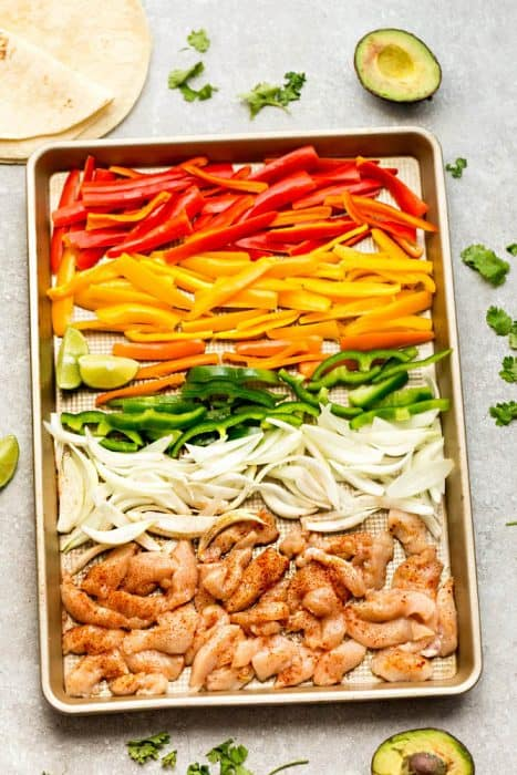 Sheet Pan Chicken Fajitas - a quick, simple and tasty one pan meal perfect for busy weeknights. Best of all, ready in about 30 minutes with minimal clean-up.