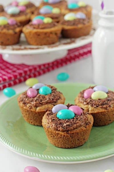 Chocolate Chip Bird's Nest Cookie Cups