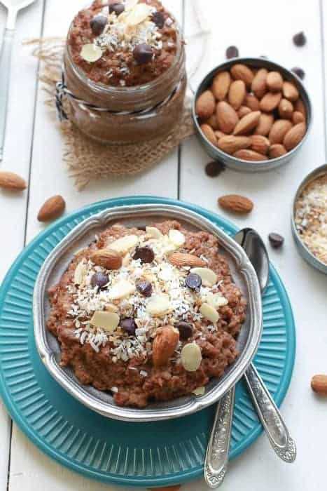 Chocolate Coconut Almond Overnight Oats makes the perfect healthy breakfast