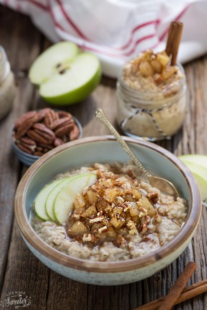 Cinnamon Apple Pie Oatmeal makes the perfect easy breakfast for fall. Best of all, it comes together in no time and is full of cozy fall flavors!