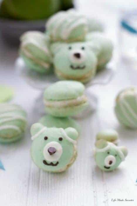 Coconut Key Lime Macarons