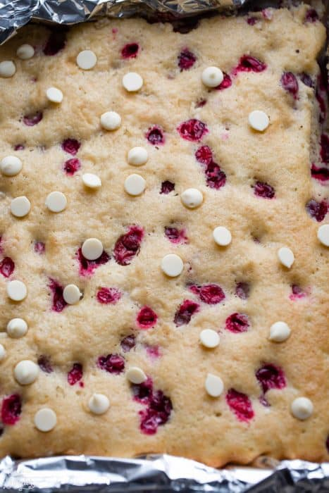 Cranberry Bliss Sheet Cake
