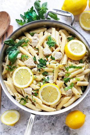 Creamy Lemon Chicken One Pan Pasta Skillet