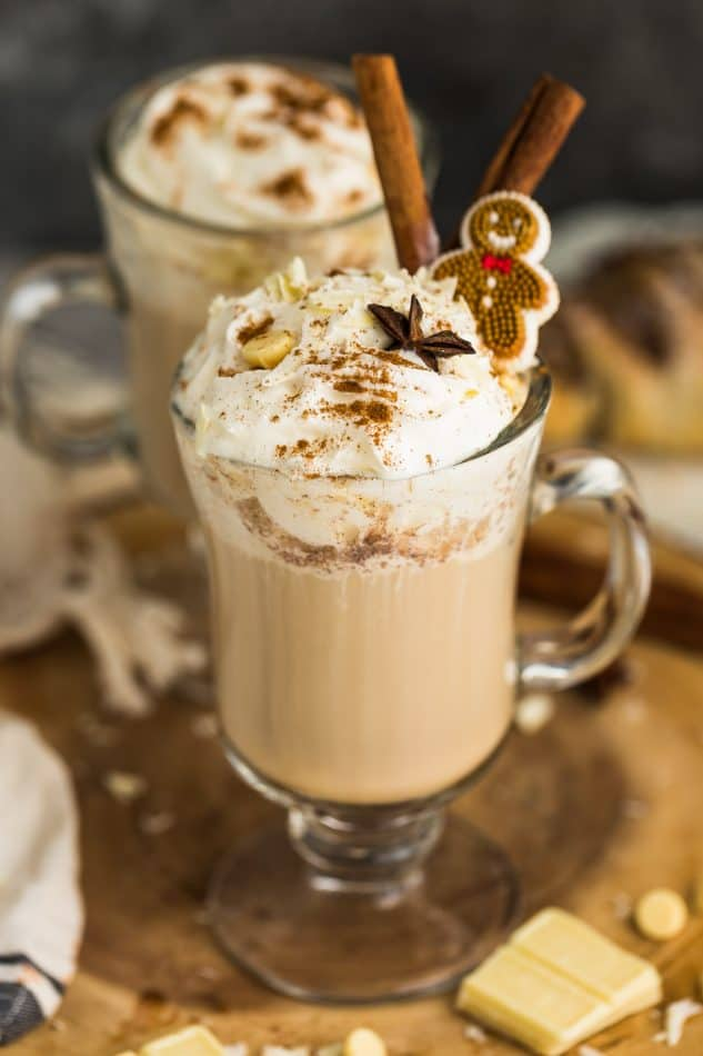 Two Gingerbread Lattes in glasses