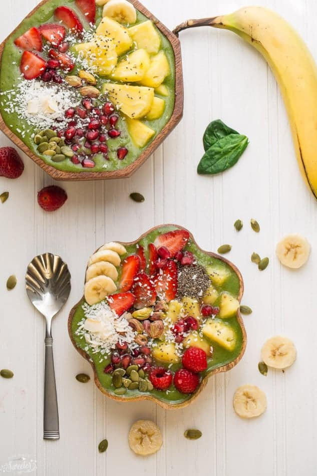 Green Goddess Smoothie Bowl is the perfect way to start the day on a healthy track.
