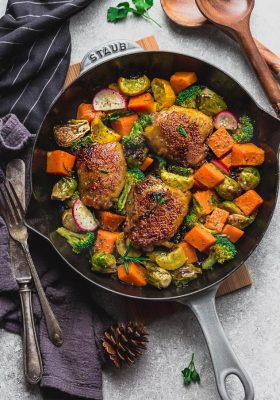 Instant Pot Harvest Chicken with Vegetables - the perfect easy low carb / keto-friendly complete meal for fall. Best of all, this pressure cooker chicken recipe cooks up tender, juicy and full of flavor with Brussels sprouts, pumpkin, broccoli and yellow zucchini. Includes instructions for the Instant Pot & stovetop.