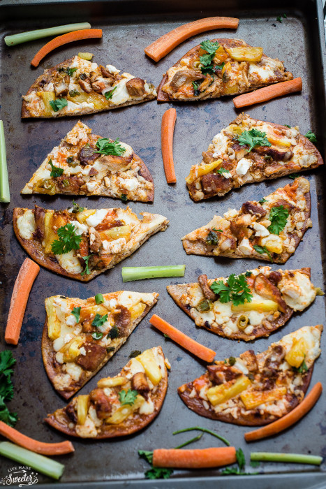 Hawaiian Buffalo Chicken Flatbread Pizza with Pineapples make the perfect easy appetizer for game day