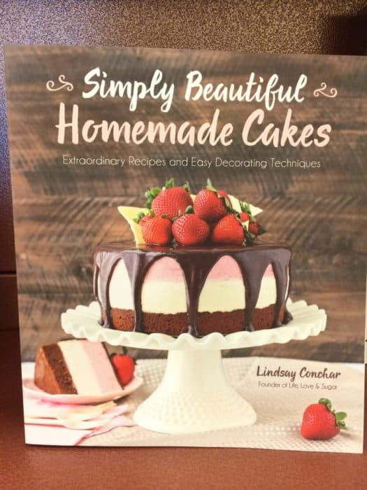 Simply Beautiful Homemade Cakes cookbook cover