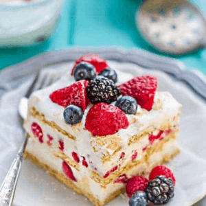 Icebox Cake with mixed berries - GWS Cover