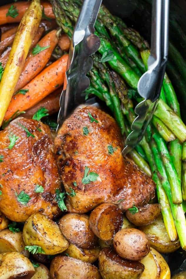 Instant Pot Balsamic Chicken is the perfect easy one pan meal for busy weeknights. Best of all, this pressure cooker chicken recipe cooks up tender, juicy and full of flavor with instructions for the Instant Pot & stovetop. Paleo, Whole30 with Low Carb / Keto options.