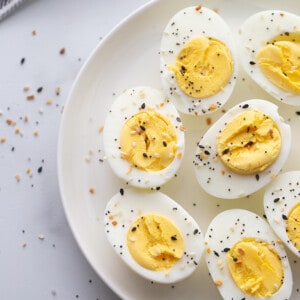 A Plate of Air Fryer Hard Boiled Eggs with Everything Bagel Seasoning Sprinkled on Top