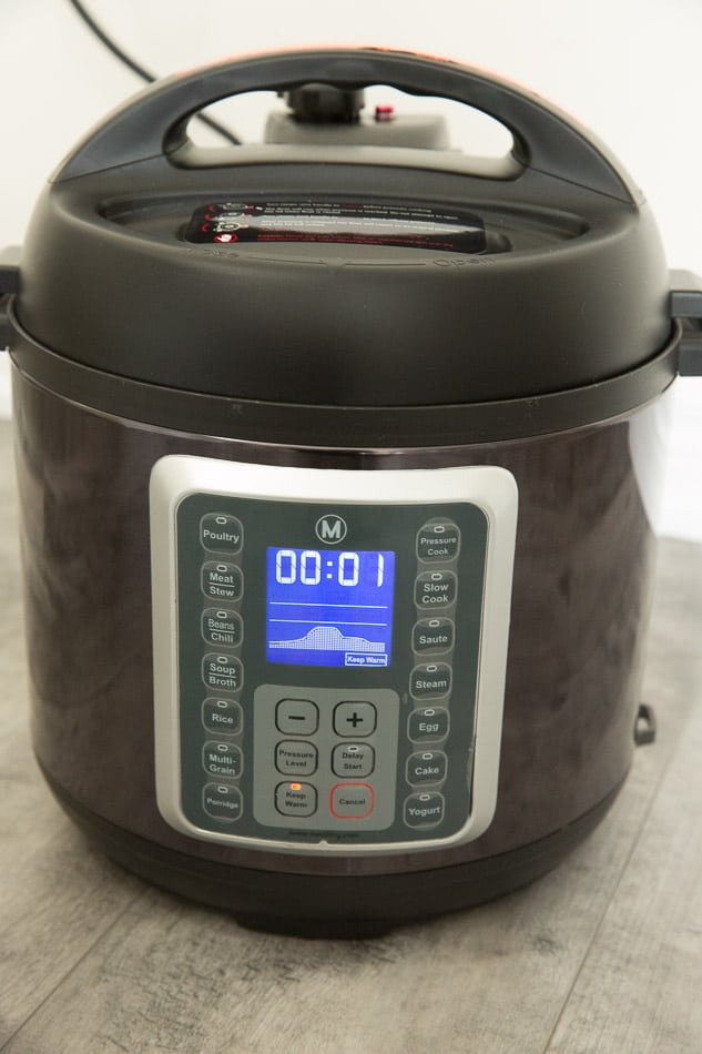 Front view of the display panel of the Mealthy Multipot