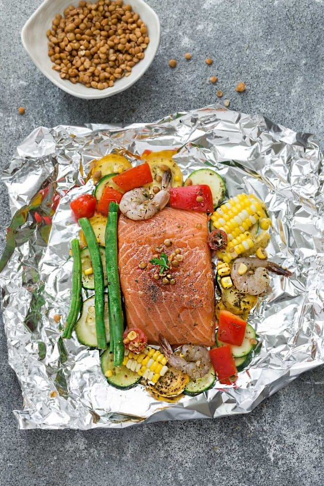 Mediterranean Salmon Foil Packets With Lentils Recipe