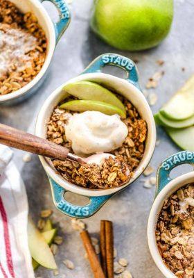 individual servings of Apple Crisp with oat streusel