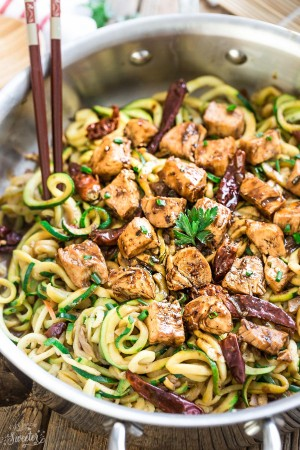 One Pan Kung Pao Chicken Zoodles Zucchini Noodles Make The Perfect Easy Low Carb