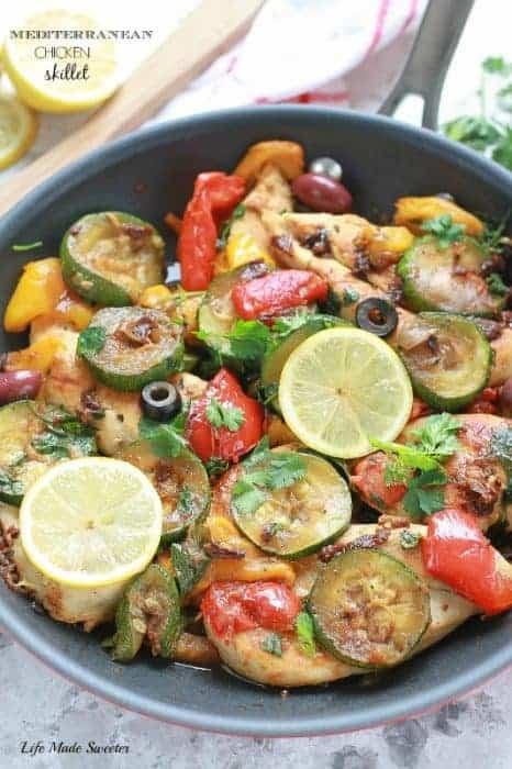 {One-Pan} Mediterranean Chicken Skillet