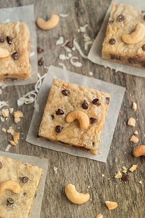 Paleo Cashew Chocolate Chip Blondies are soft, chewy and make the perfect healthier treat! They're gluten free, refined sugar free, and come together in a few minutes.
