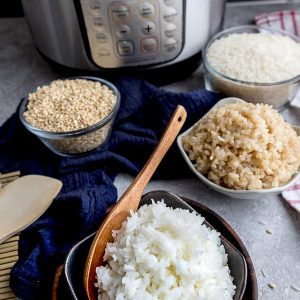 Instant Pot Rice - learn how to cook the perfect bowl of white or brown rice in an Instant Pot pressure cooker. Failproof and so easy to make. Cooks up fluffy, light, fragrant and delicious for Sunday meal prep!