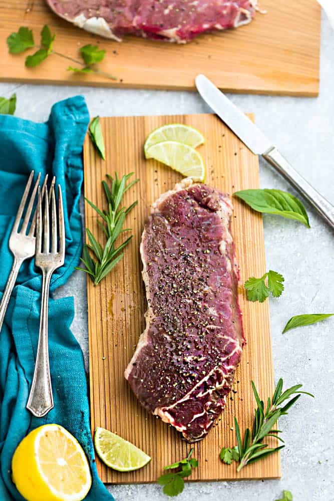 How to perfectly Grill Steak with a few simple ingredients and a homemade dry rub. Best of all, this delicious recipe is a family favorite and just in time for cookout season!