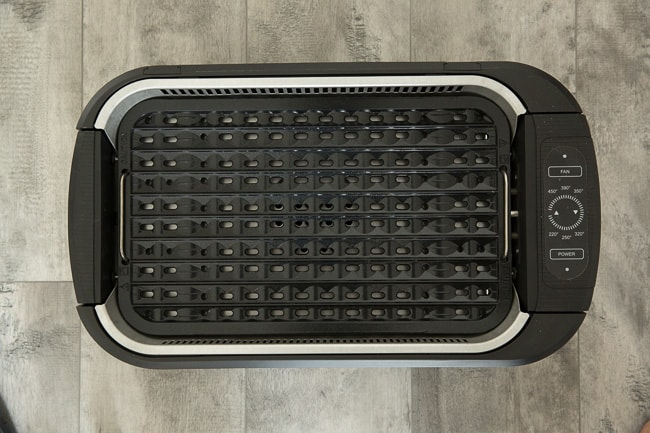 Overhead view of an empty Power Smokeless Grill