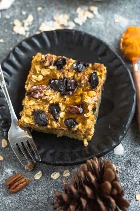 Pumpkin Baked Oatmeal – 2 Ways + VIDEO