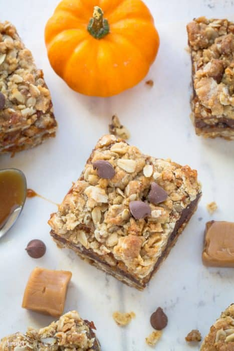 Pumpkin Oatmeal Carmelitas + Recipe VIDEO