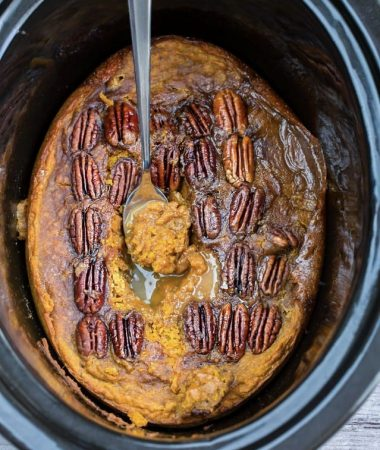 Slow Cooker Pumpkin Pecan Pudding Cake + Video