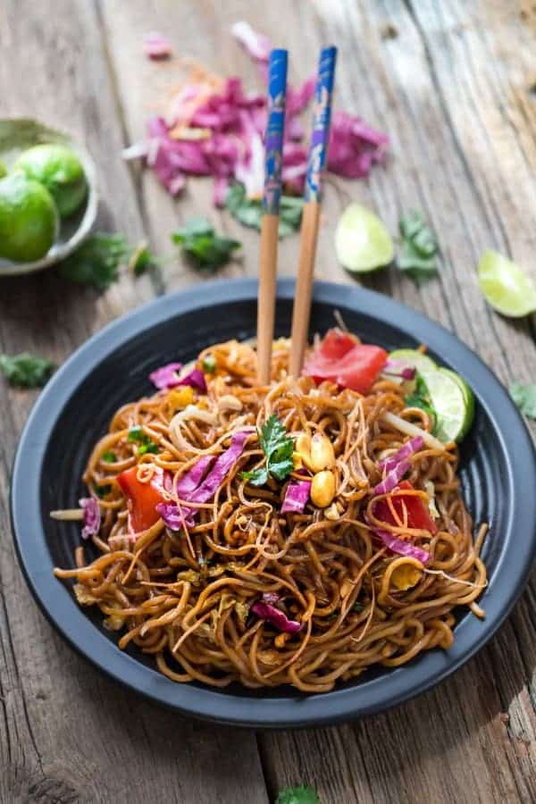 Rainbow Peanut Noodles makes the perfect easy weeknight dinner