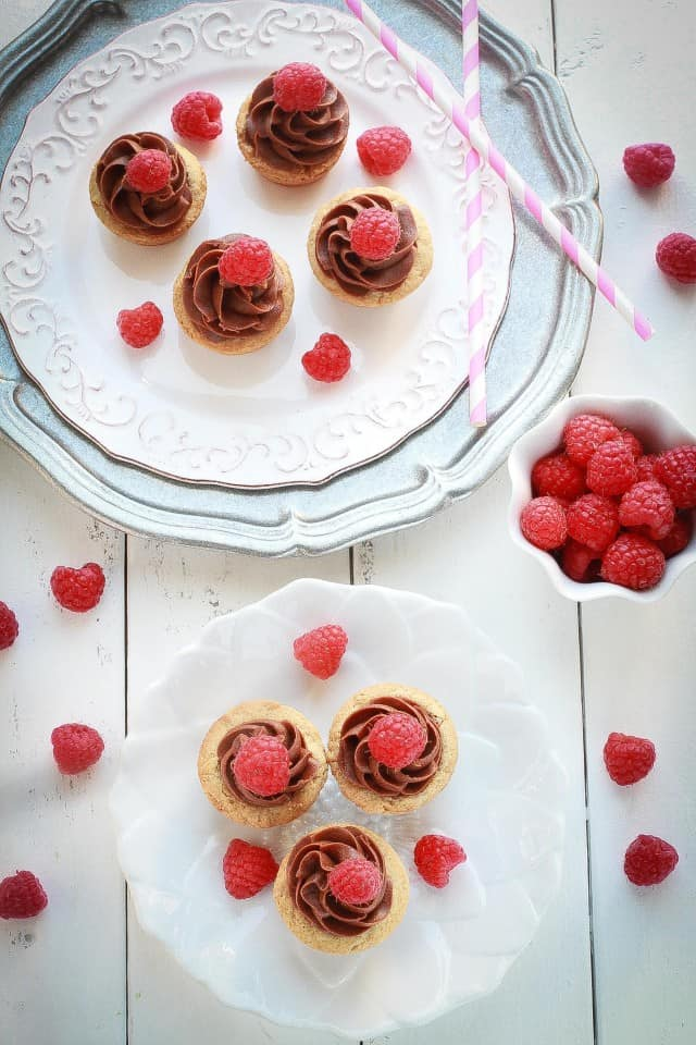 Mini Raspberry Nutella Cookie Cups are the perfect sweet treat!