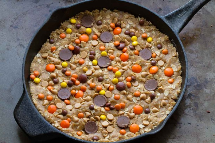 Reese's Peanut Butter Skillet Cookie