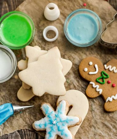 Royal Icing with Decorating Tips for Cut Out Cookies