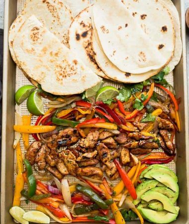 Sheet Pan Chicken Fajitas dinner