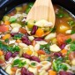 Slow Cooker Homemade Minestrone Soup