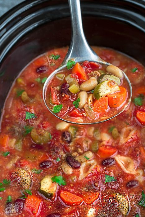 Slow Cooker Minestrone Soup + Homemade + Recipe Video
