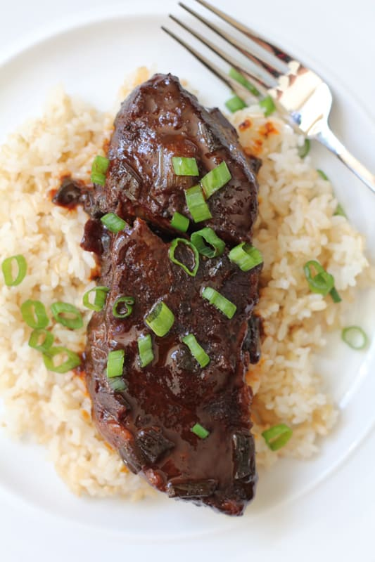 Slow-Cooker-Spicy-Asian-Beef-Short-Ribs-by-HipFoodieMom