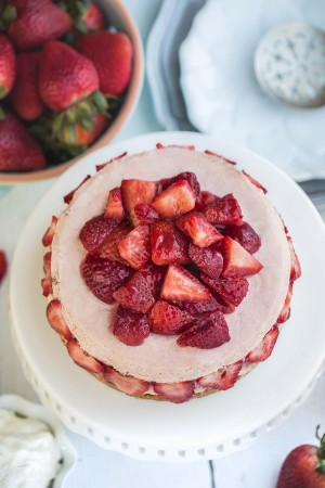 Slow Cooker Strawberries and Cream Cheesecake makes the perfect sweet treat!