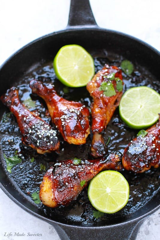 Sticky Honey Sriracha Chicken - Easy chicken drumsticks loaded with zesty Asian flavors are the perfect balance of spicy, tangy & sweet.