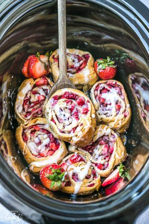 Easy Strawberry Cinnamon Rolls – Slow Cooker or Oven + VIDEO