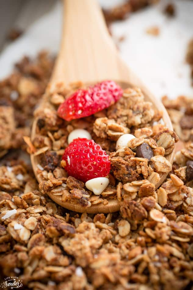 Strawberry White Chocolate Granola makes the perfect healthy & easy snack!!