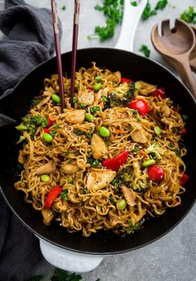 Teriyaki Chicken Ramen made in one pot. Everything you love about this takeout favorite, stir-fried with ramen noodles.